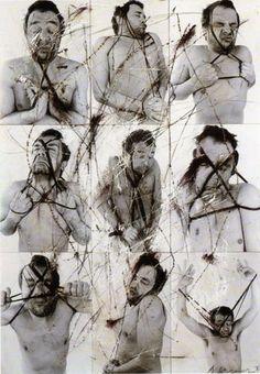 Untitled © Arnulf Rainer. craie sur photo, 60 x 50 cm - Olivier Lussac