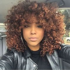 ‪#‎naturalhair‬ Flourishjng curls & color ✨✨✨ Love this crazy bomb hair