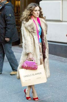 From Anna Wintour to Kate Moss, check out Manolo Blahnik's biggest celebrity fans.