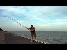 John Holden: the fishing pendulum cast in slow motion Surf Fishing Tips, Fishing Knots, Fishing Stuff, Body Action, Casting Rod, Saltwater Fishing, Surfing, It Cast, Hardwood Floor