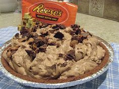What's Cookin' 4 Miles North of Nowhere?: Reese's Peanut Butter Cup Freezer Pie