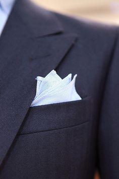 wide collar - pocket square