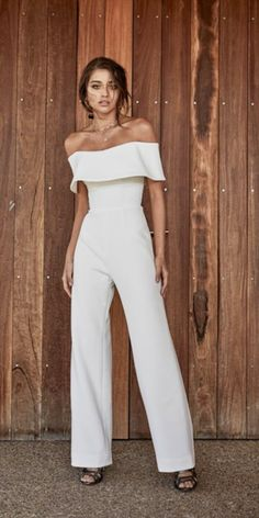 CHOSEN - New Reign Collection 2018 For the bride looking for something different, meet the 'Lane Jumpsuit, made from our signature bonded georgette fabric. The Jumpsuit Outfit Dressy, Jumpsuit Dress, Formal Jumpsuit, Elegant Jumpsuit, Strapless Jumpsuit, Wedding Pantsuit, Wedding Dresses, Bridal Shower Dresses, Day Wedding Outfit
