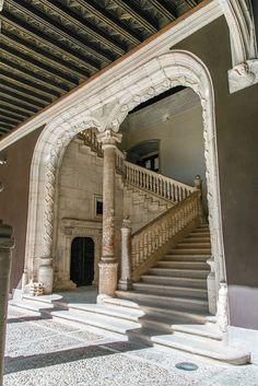 Peñaranda de Duero - El palacio de Avellaneda fue símbolo del poder del linaje de los Zúñiga durante el Renacimiento