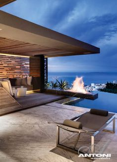 Great fire pit at this house in Cape Town via desire to inspire - desiretoinspire.net - Cliffhanger