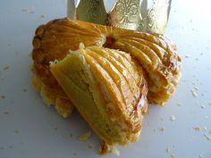 Envie d'une délicieuse recette de galette des rois à la frangipane ? Retrouvez cette recette de Christophe Michalak sur le blog