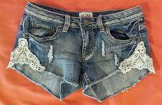 Mudd Denim Jean Distressed Stretch Mini Shorts Crochet Lace Boho Detail Junior 5