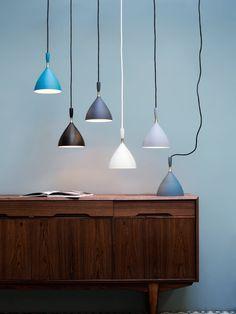 Ein 60 jähriger Klassiker skandinavischen Designs ist die Pendelleuchte Dokka von Northern Lighting. Designleuchten online kaufen bei Designort aus Berlin.