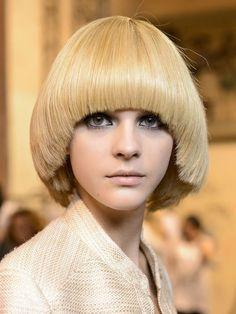 Haircuts For Medium Hair, Medium Long Hair, Medium Hair Cuts, Short Hair Cuts, Medium Hair Styles, Short Hair Styles, Medium Cut, Costume Hippie, Haircut Styles For Girls