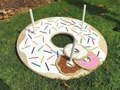 Throw a fun Donut Party for friends and wow them with your DIY Donut Decorations! All projects include step by step tutorials. Throw a fun Donut Party for friends and wow them with your DIY Donut Decorations! All projects include step by step tutorials. Donut Party, Donut Birthday Parties, Birthday Ideas, 3rd Birthday, Birthday Games, Diy Party Dekoration, Simpsons Party, Party Mottos, Grown Up Parties