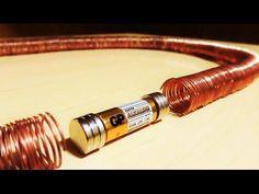 Mirad lo sencillo que es hacer un tren eléctrico con un imán y un alambre de cobre