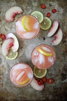 Spicy white peach lemonade add a little vodka or gin Cocktails Bar, Party Drinks, Cocktail Drinks, Cocktail Recipes, Lemonade Cocktail, Lemonade Drink, Watermelon Lemonade, Juice Drinks, Pink Lemonade