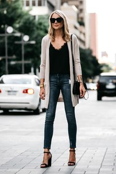 Popular Winter Outfits That Will Make You Look Fascinating. Women… Popular Winter Outfits That Will Make You Look Fascinating. Cute Winter Outfits, Fall Outfits, Casual Outfits, Work Outfits, Formal Outfits, Fashionable Outfits, Summer Outfits, Cardigan Outfits, Long Cardigan