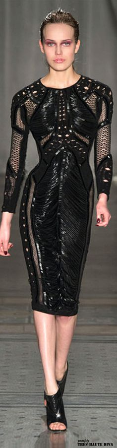 London Fashion Week Julien Macdonald Fall/Winter 2014 RTW⚜Buffy VS⚜This is not your ordinary LBD, this is badass to the core