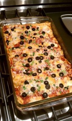 Over 31 of the BEST Enchilada Recipes - Chicken - Beef - White - Cheese -Verde - Vegetarian - and More! Easy and delicious! Mexican Buffet, Mexican Dishes, Mexican Food Recipes, Beef Recipes, Chicken Recipes, Vegetarian Recipes, Cooking Recipes, Mexican Desserts, Cooking Tips