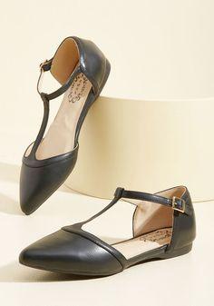 57f31df059d83 Turn Back Prime Vegan Flat in Black 1940s Shoes