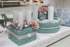 Discover recipes, home ideas, style inspiration and other ideas to try. Christmas Advent Wreath, Christmas Candles, Christmas Centerpieces, Christmas 2016, Xmas Decorations, Advent Box, Holiday Crafts, Holiday Decor, Xmas Holidays