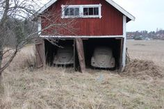 Slug, Barn Finds, Volkswagen, Places To Visit, Outdoor Structures, Cabin, House Styles, Home Decor, Decoration Home