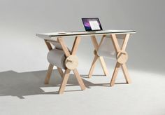 Analog Memory is a desk created by the American designer Kirsten Camara, that tries to rediscover the beauty of analog and writing on paper.Analog Memory desk (Nice Try Awesome) Design Tisch, Deco Design, Drafting Desk, Home Furnishings, Furniture Design, Geometric Furniture, Luxury Furniture, Diy Projects, House Design