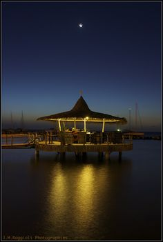 A last cocktail / hotel Bakoua / 3 îlets / FWI