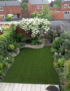 Best Small Yard Landscaping & Flower Garden Design Ideas Because you have a small garden, it doesn't want to work a lot. A small garden can be very exotic with just a little planning. Improving a beautiful modern garden [ … ] Backyard Garden Design, Small Garden Design, Balcony Garden, Backyard Designs, Garden Turf, Small Garden Layout, Patio Design, Back Garden Landscape Design, Garden Design Ideas