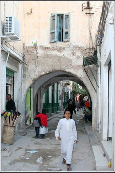 Bab AI 'Aziziyah, Tripoli_ Libya