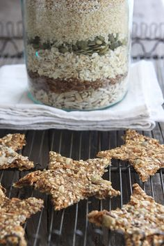 Charming Crackers: 1 cup each:  sunflower seeds, pumpkin seeds, oat bran, flax seed.  2 cups each: rolled oats, sesame seeds, wholemeal coarse rye flour.  1/2 teaspoon salt  6 T water Here's how: Press the dough out on two long pans. Sprinkle with coarse salt. Bake for 10 min. 160 degrees. Make Stars or cut into squares with a pizza cutter. IMPORTANT!  Release the steam out of the oven and then let them sit & cool 50 min.  Birds would LOVE these