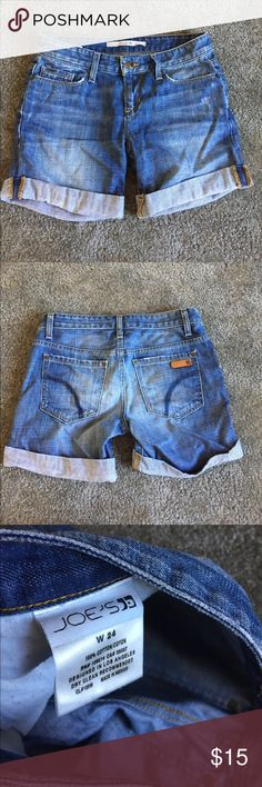 Joes jean shorts Jean shorts. So cute re posh they say a size 24 but fit larger a size 25 or even 26. No flaws Joe's Jeans Shorts