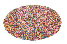 KARE Design Teppich Bobbel Multi Circle mit kleinen bunten Böllchen aus reiner Wolle für filzige Gemütlichkeit in tausend Farben. #KARE #KAREDesign