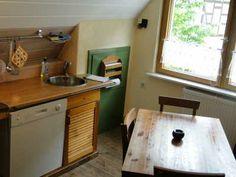 Küche für bis zu 4 Personen (Fenster Strassenseite)