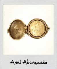 Fora de Série - Mary Design http://loja.marydesign.com.br    Anel Abençoado - Dentro dele uma doce surpresa    #acessorios #moda #anel #biju #dourado