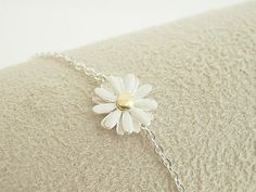 Hey, I found this really awesome Etsy listing at http://www.etsy.com/listing/127458680/daisy-bracelet-in-silver-flower-bracelet