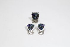 მინანქრის სამეული დამზადებულია საქართველოში.  Sterling silver and enamel earrings with ring. Handmade in Georgia