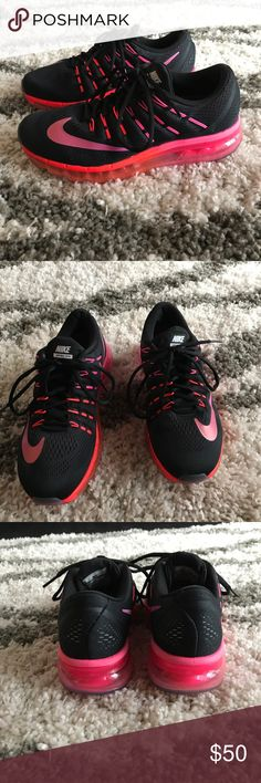 Nike Air Max Running Shoes Size 8.5 Wore 6 or 7 times. Nike Shoes Sneakers