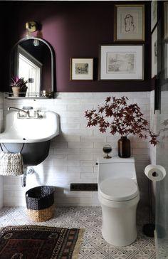 Small Bathroom Colors, Purple Bathrooms, Best Color For Bathroom, Small Bedroom Paint Colors, Purple Paint Colors, Colorful Bathroom, Downstairs Bathroom, Paint Bathroom, Bathroom Ideas
