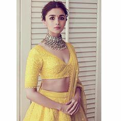 Alia Bhatt Beams With Joy as She Makes a Splash in Yellow at Akash Ambani And Shloka Mehta's Wedding - HungryBoo