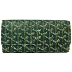 Pre-Owned Goyard Green Goyardine Varenne Wallet Above Excellent... (42.550 RUB) ❤ liked on Polyvore featuring bags, wallets, green, coated canvas bag, colorful wallets, colorful bags, green bag and goyard