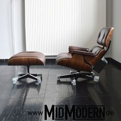 Herman Miller inc, 2013, Walnut, choc brown leather