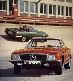 Mercedes-Benz 350SL (R107) by Auto Clasico, via Flickr