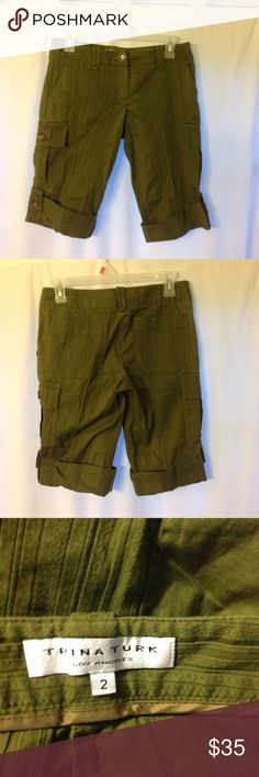 "Trina Turk Cuffed Cargo Walking Shorts 2 Trina Turk Cargo Walking Shorts in size 2. Fabric is stretchy. Great condition. Waist 30"" Inseam 14"" Trina Turk Shorts Cargos"