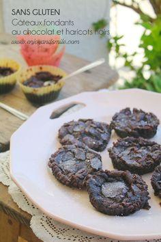 Une recette surprenante de gâteaux fondants au chocolat réalisés avec des haricots noirs (sans gluten)