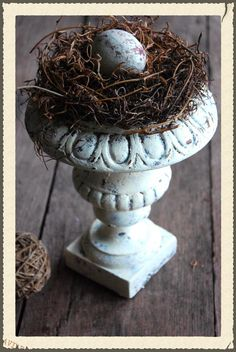Vintage Country Style: White, Chippy & Cracked Effect Using Elmer's Glue