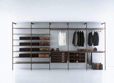 Walk-in closets: Walk in Closet Storage by Porro