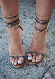 Cute high heel sandals.. Geeezz.. I would if I could. I do like the look though.