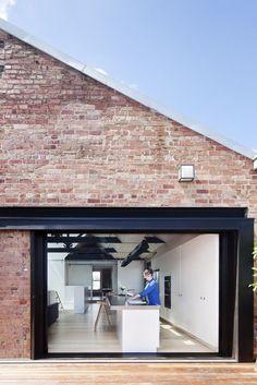 Galería de Almacén en Fitzroy / Andrew Simpson Architects - 8