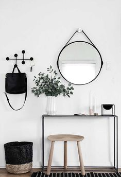 The trend of minimalist home design and decoration seems to never fade away. The minimalist home decoration is not only on its simple arrangement and coloring… Apartment Entrance, Apartment Living, House Entrance, Apartment Plants, Entrance Table, Apartment Design, Entrance Foyer, White Apartment, Apartment Interior