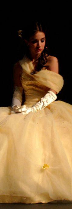 ℳiss Debutante's Diaries {Spoiled? Sure! Little Miss Debutante} Poppy Pea