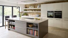 10 tips for creating an open-plan kitchen-diner - Property Price Advice - extension - Kitchen Kitchen Diner Lounge, Small Open Plan Kitchens, Open Plan Kitchen Dining Living, Open Plan Kitchen Diner, Kitchen Design Open, Kitchen Designs, Open Plan Living, Kitchen Island Ideas Uk, Open Plan House