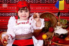 Traditional Romanian Beauties! Folk Costume, Costumes, Romanian Girls, Transylvania Romania, Traditional Dresses, Kids Wear, Ukraine, Beautiful People, Flower Girl Dresses