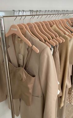 Aesthetic Room Decor, Aesthetic Colors, Aesthetic Pictures, Aesthetic Clothes, Cream Aesthetic, Classy Aesthetic, Brown Aesthetic, Mode Outfits, Fashion Outfits